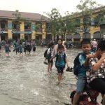 """Bắc Ninh: """"Vỡ trận"""" vì nước thải của các doanh nghiệp sản xuất giấy"""